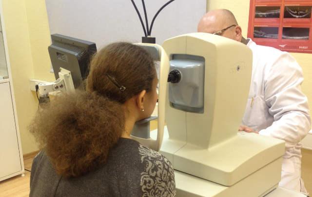 Ретиношизис сетчатки глаза: симптомы